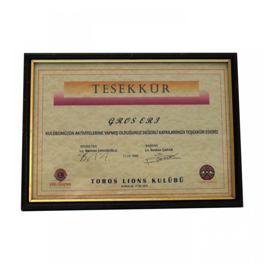 1999 Yılında firmamıza Adana Toros Lions Kulübünün aktivitelerine sağlanılan sponsorluğa istinaden firmamıza takdim edilen teşekkür belgesi