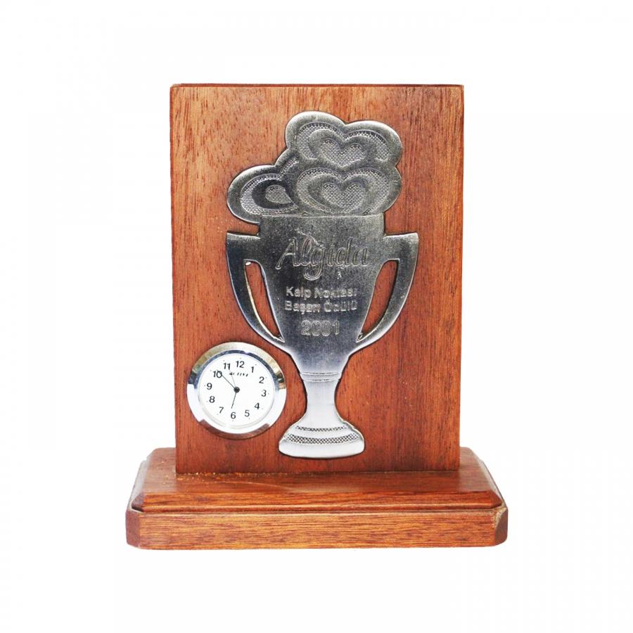 2001 Yılında Algida firmasının tarafımıza vermiş olduğu Kalp Noktası Başarı Ödülü